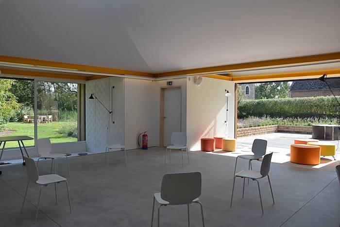 Opstelling: kring zonder tafels in de creative vergaderzaal Create